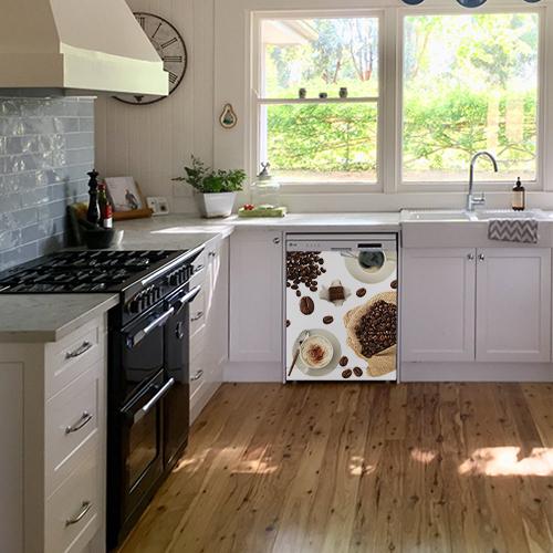 Lave vaisselle blanc avec un sticker autocollant modèle Café