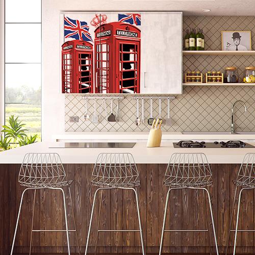 Cuisine moderne avec un placard mural décoré avec un sticker autocollant Cabine Londre
