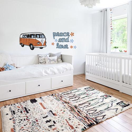 Sticker mural peace & love chambre dans chambre d'enfant