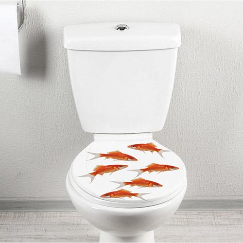 Autocollant décoratif pour WC Banc de poissons rouges posé sur l'abattant