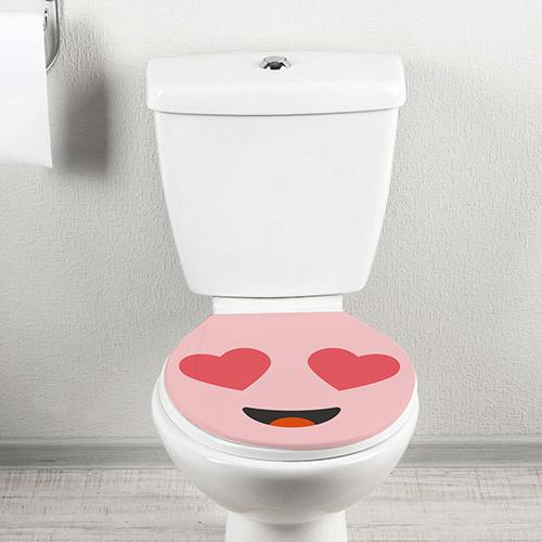 Smiley Amoureux rose décoratif collé sur un WC des plus classiques