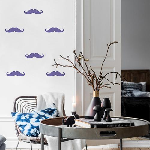 Autocollant pour déco mur de salon en forme de moustache violette