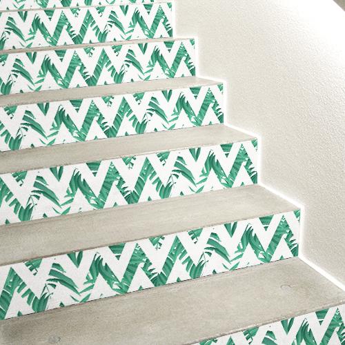 Sticker autocollant fougères vertes cachés par une forme géométrique pour contremarches