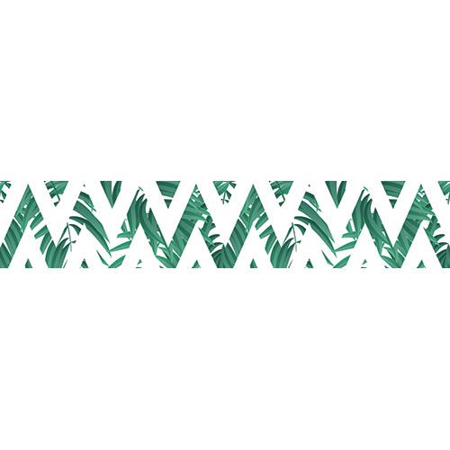 Stickers originaux représentant des fougères derrière un motif géométrique collés sur des contremarches d'escalier en béton