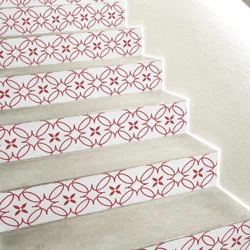 Stickers autocollant frise imitation céramique collés sur des escaliers en béton