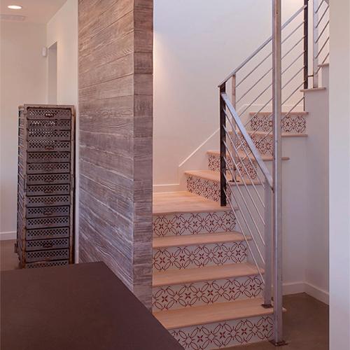 Escaliers modernes ornés d'une frise autocollante modèle imitation céramique rouge
