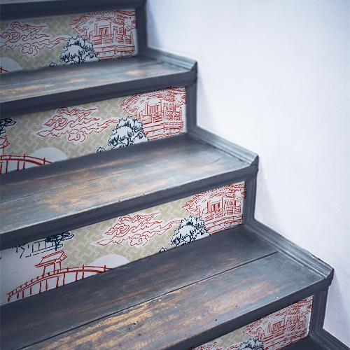 Stickers décoratifs monuments d'Asie collés sur un escalier noir en bois