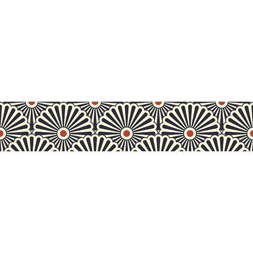 Maison moderne avec des contremarches ornés de stickers représentant des éventails tri-colors