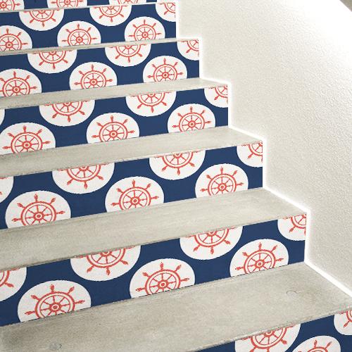 Escalier en béton recouverts de stickers autocollants pour contremarches motif gouvernails rouges