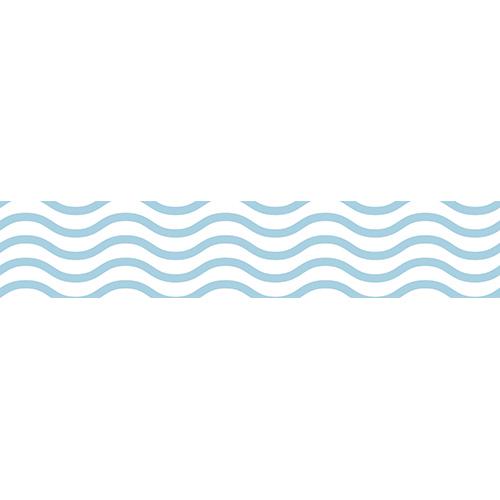 Contremarches noires décorées avec des stickers déco vagues bleues et blanches
