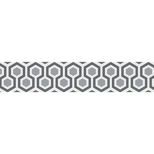 Escalier en béton blanc décoré par des stickers autocollants ruches modernes