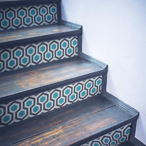 Contremarches en bois ornées de stickers ruches moderne bleue