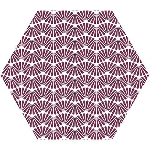 Stickers hexagones coquillages rose pour personnaliser la crédence d'un lavabo de toilettes.