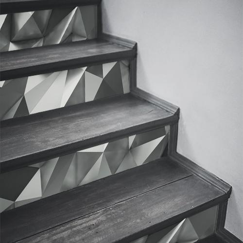 Contremarches en bois ornées de stickers noir et blanc diamant gris moderne