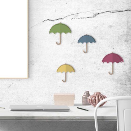 Autocollant décoration 3D parapluies de couleurs pour mur gris au dessus d'un bureau
