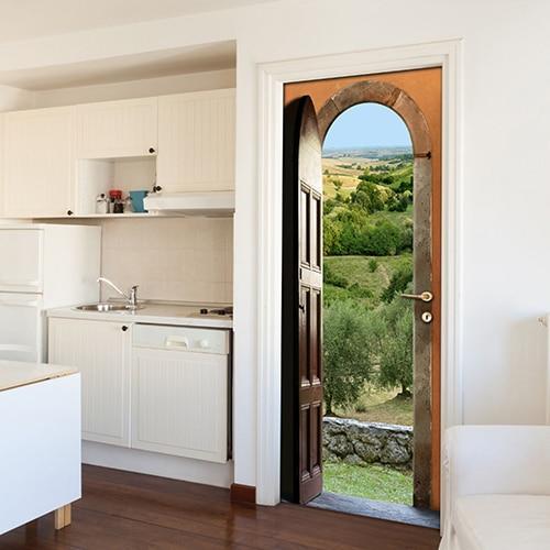 sticker porte Panorama de Provence dans une cuisine blanche pour s'évader en Provence au milieu des oliviers relief