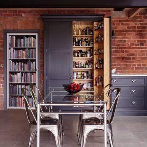 Sticker trompe l'oeil de porte Bifausse bliothèque de livres modernes pour personnaliser la porte.