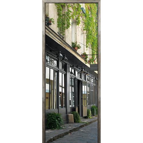 adhésif sticker autocollant porte avec vue facade restaurant typique parisien ancienne usine en métal gris foncé noir et verre