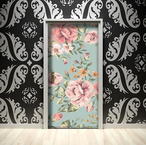 Maison luxueuse avec un sticker adhésif décoratif fleurs roses sur fond vert sur la porte