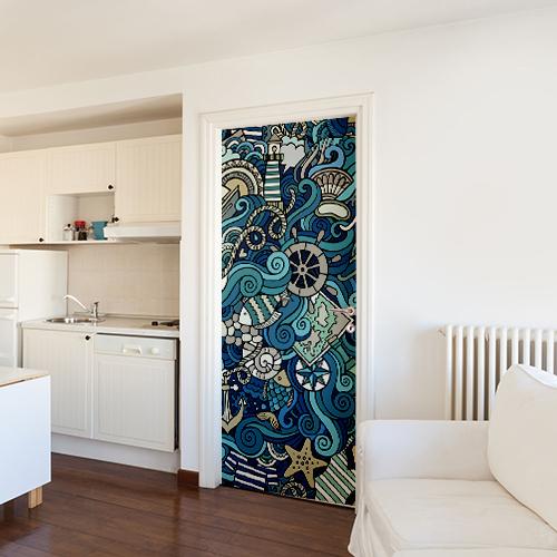 Sticker adhésif décoratif mer tourmentée collé sur la porte d'entrée d'un grand studio pour colorer la pièce avec ces formes entremêlées représentant le monde de la mer