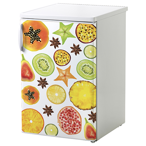 Petit frigo classique orné d'un sticker adhésif motif FRUITS EXOTIQUES