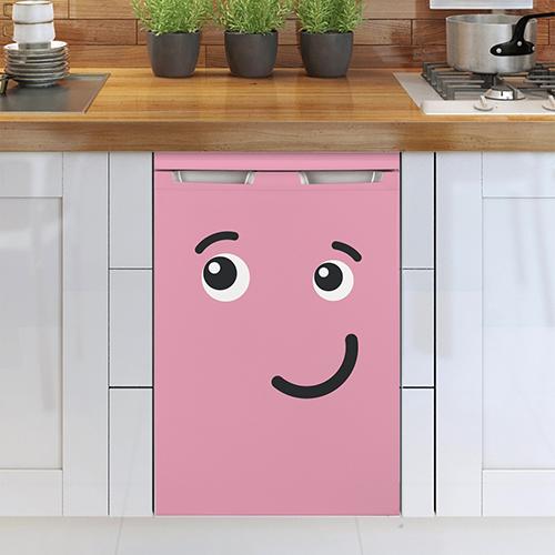 Lave vaisselle classique avec un sticker déco Smiley bisou rose