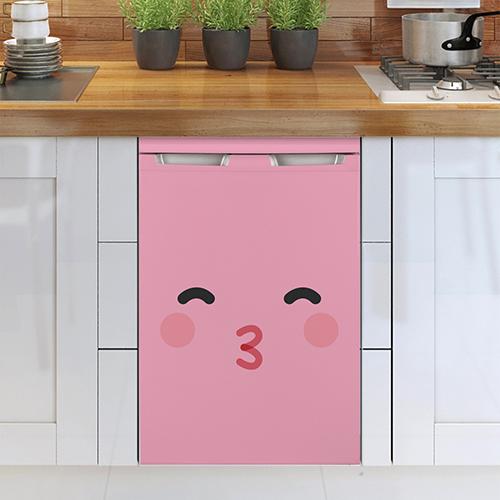 Smiley Rose Bisou collé sur un lave vaisselle classique