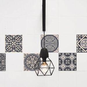 Stickers imitation faux carreaux de ciment gris mis en ambiance, 2ème proposition
