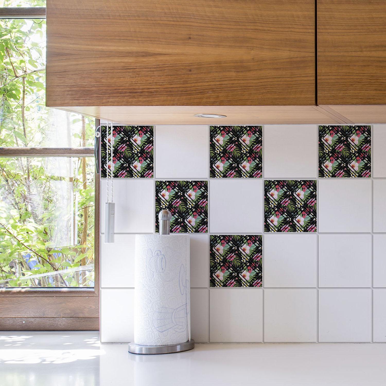 carrelage de cuisine décoré avec un sticker tropical