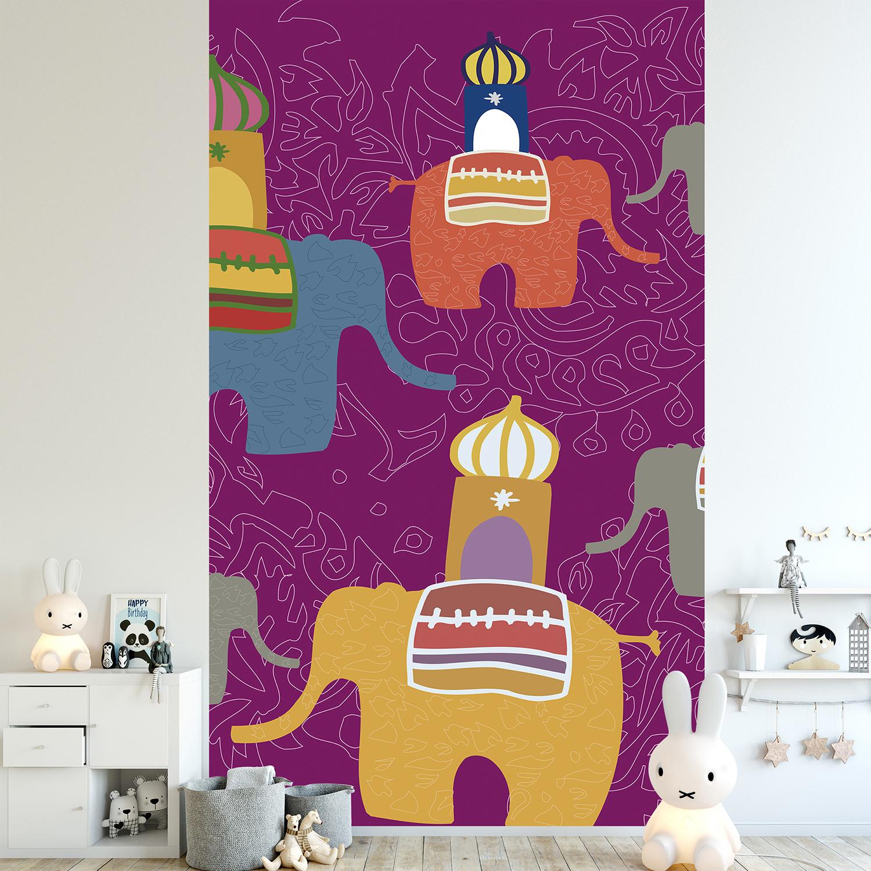 chambre de bébé décorée avec des éléphants
