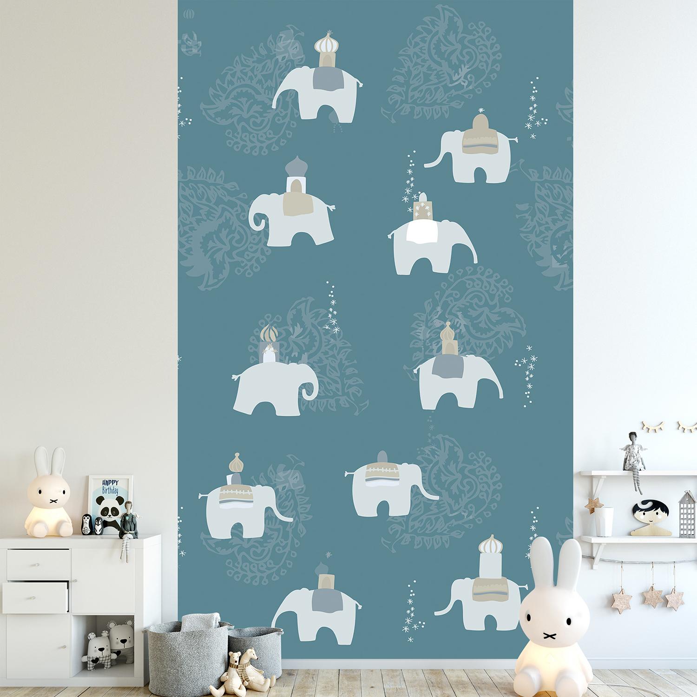 Décoration murale pour chambre d'enfant ou salle de jeux, couleur tendance, fond bleu électrique, motifs éléphants gris perle, arabesques et étoiles, facile à coller, intissé.
